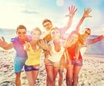 Сlipart people group fun beach students   BillionPhotos